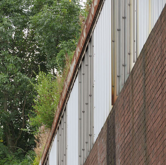 Blocked-Commercial-Gutter-Clearance