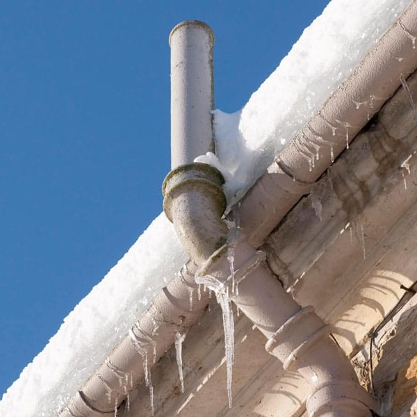 4 Common Problems with Roofs in Winter